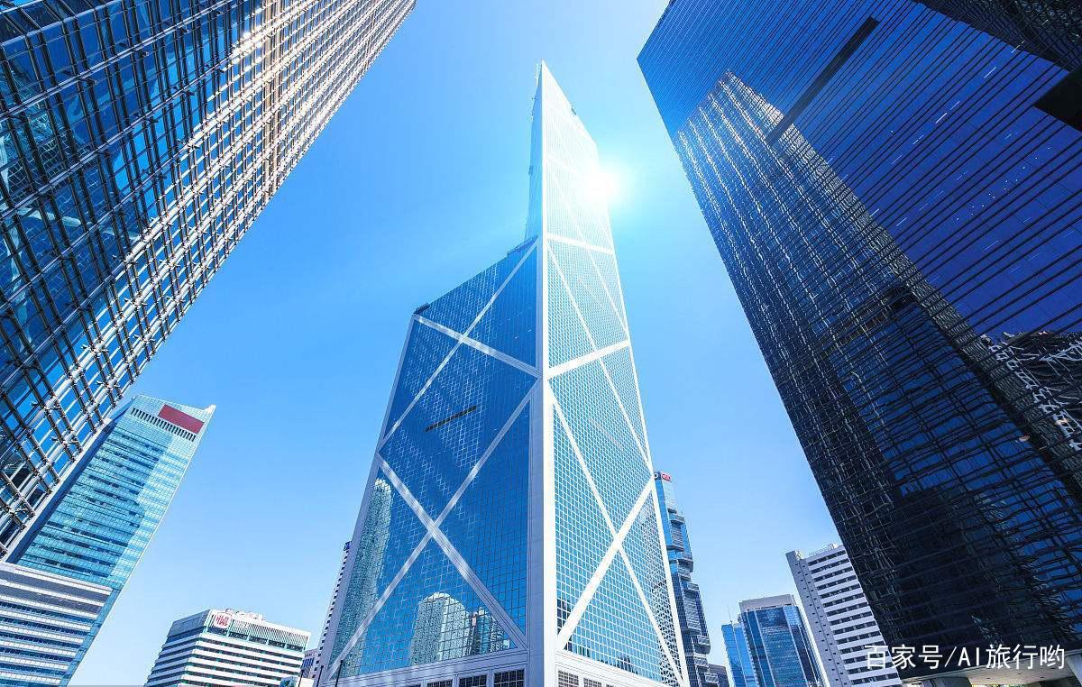 """贝聿铭的经典之作""""倚天剑"""",占地8400平方米,看尽香港花开花落"""