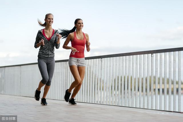 每天坚持健走的人,对身体有什么好处呢?