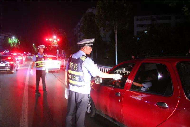 就在这些路口…许昌交警3天逮住17个酒驾、醉驾!