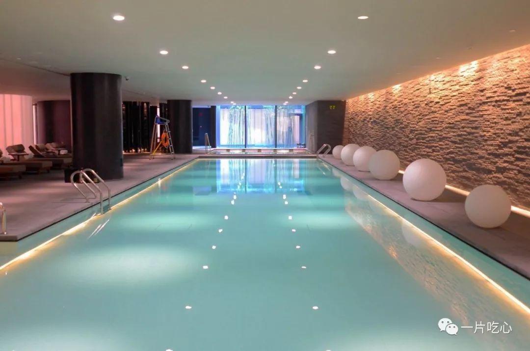 让这些美好的泳池承包你的整个夏天!