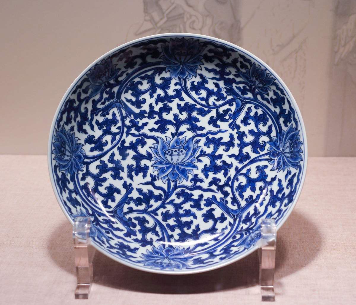 清早期景德镇民窑青花瓷有什么特征?