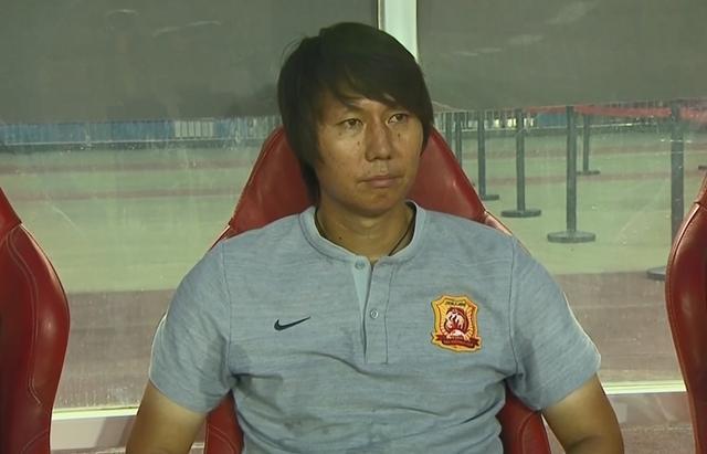 李铁:一周三赛球员很疲劳,卓尔通过中超能力自信提供