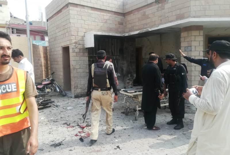 巴基斯坦中部一警方检查站遭遇武装袭击 致8死24伤
