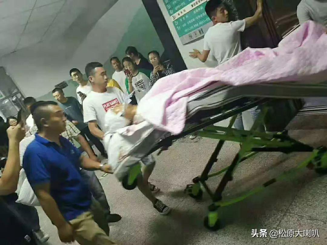事故无情人间有爱:松原头部摔伤男孩刘宇轩转院到吉大一院ICU……