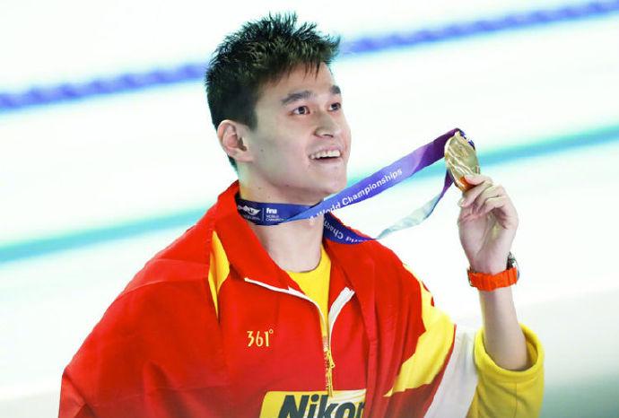 力挺孙杨,世锦赛十冠王成就非凡,孙杨下的霍顿只是小丑罢了