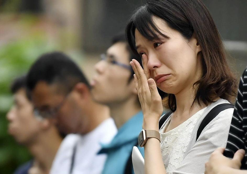 日本京都动画纵火案已致34人遇难 民众赴事发地悼念死者