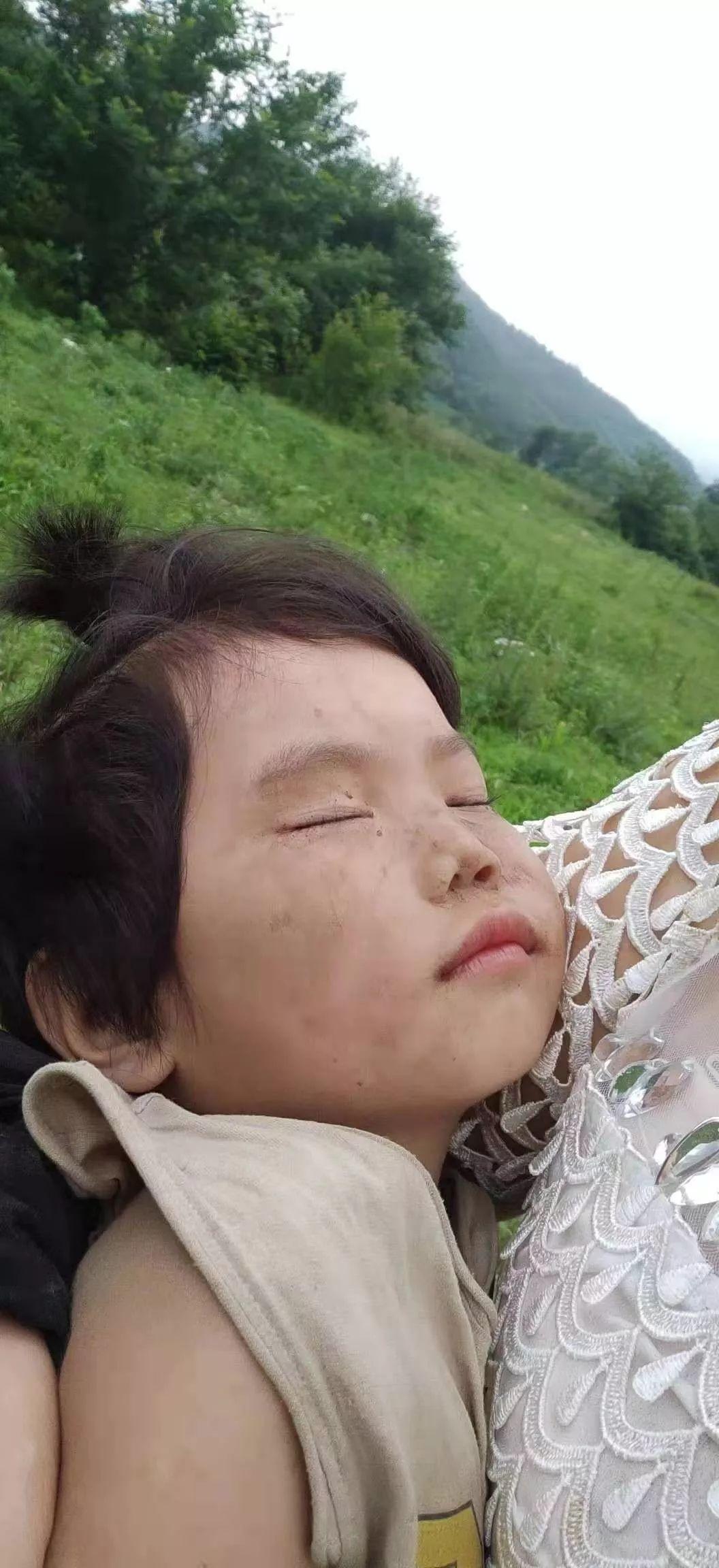 鞍山走失3岁女童找到了!今晨被人发现在玉米地里…