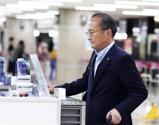 海力士CEO前往日本 寻找芯片制造的关键材料