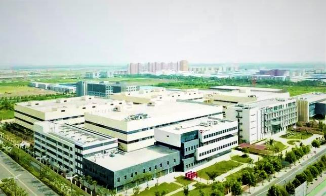 芯片界并购狂人:他六年投了1000亿,打造出中国最大的半导体公司