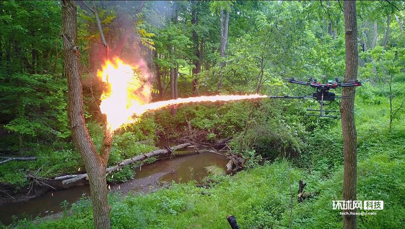 美国一公司发售火焰喷射无人机 可用于害虫管理等