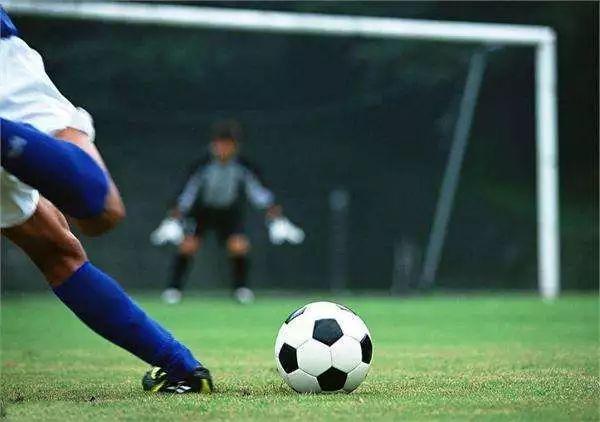 关注   体育成为高招记分科目!为什么世界更偏爱喜欢运动的孩子?