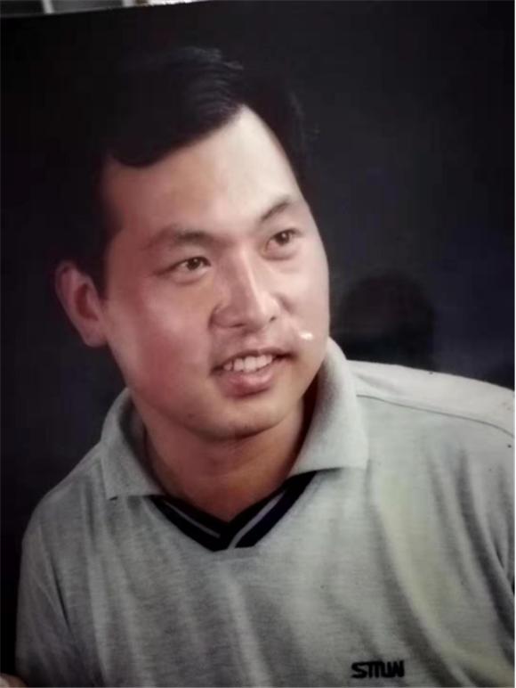 《百姓中国周刊》专访河北省任丘市书法家刘振宇