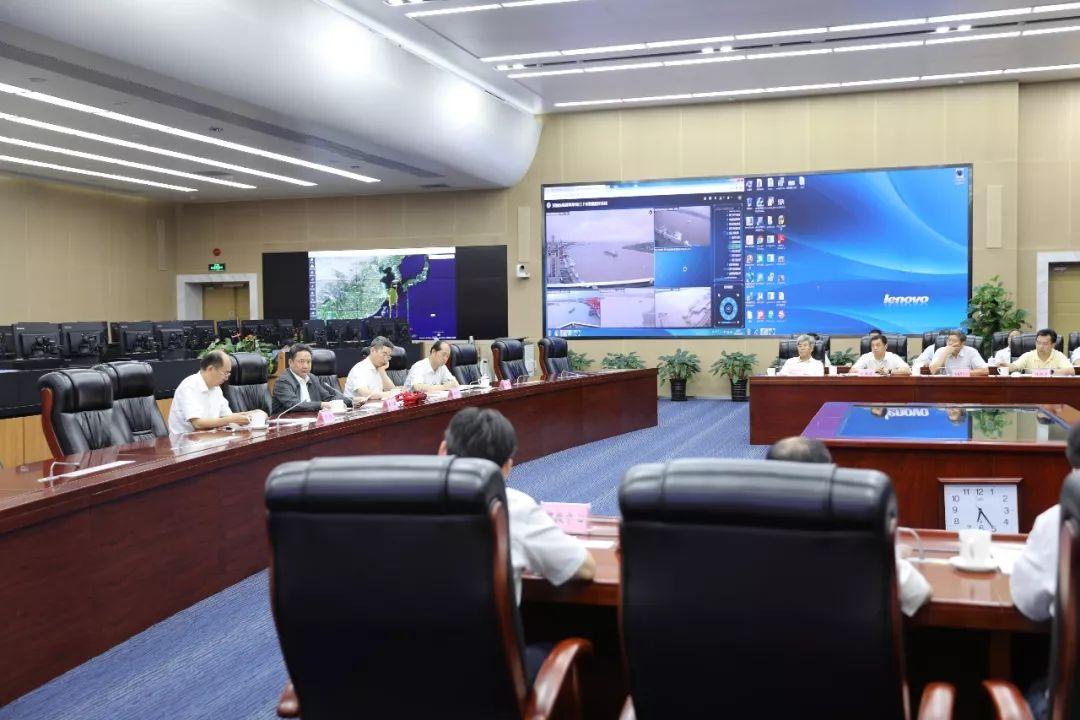 李小鹏主持召开会议研究部署防汛防洪防台风工作