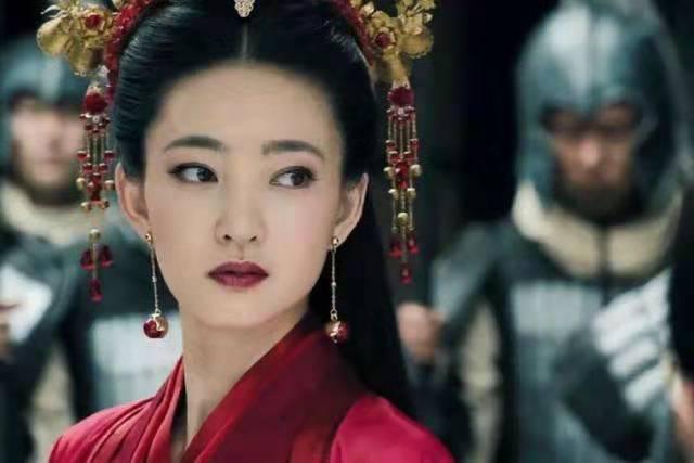 谁说王丽坤不够妩媚不适合演妲己,看看她这些古装角色你就懂了