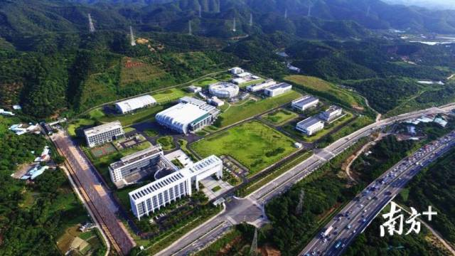 中国散裂中子源:一年攻克科研难题100多项