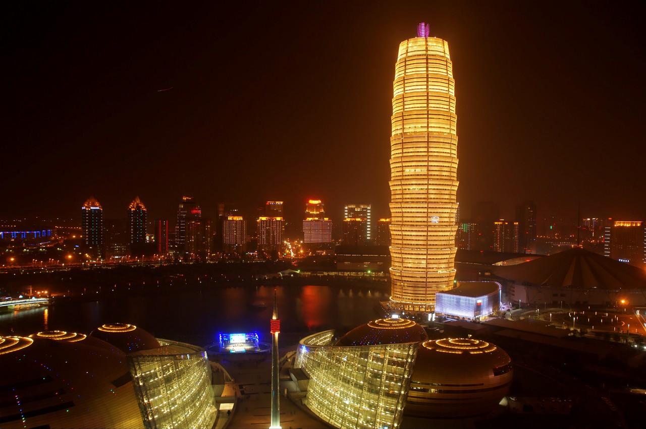 郑州最丑建筑大玉米