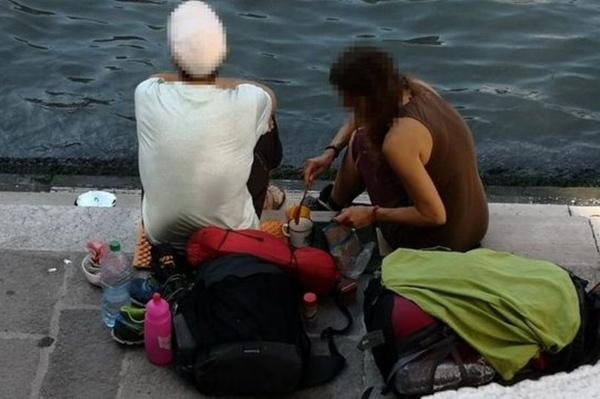 两名德国背包客在威尼斯景点煮咖啡 被罚7326元后驱逐_德国新闻_德国中文网