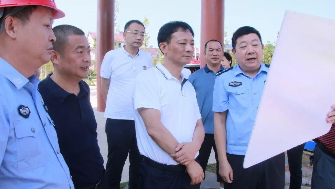 市委常委、政法委书记黄清宇到西湖开展专题调研
