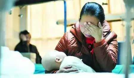 家长的一个疏忽,竟然让4个月宝宝成了植物人!