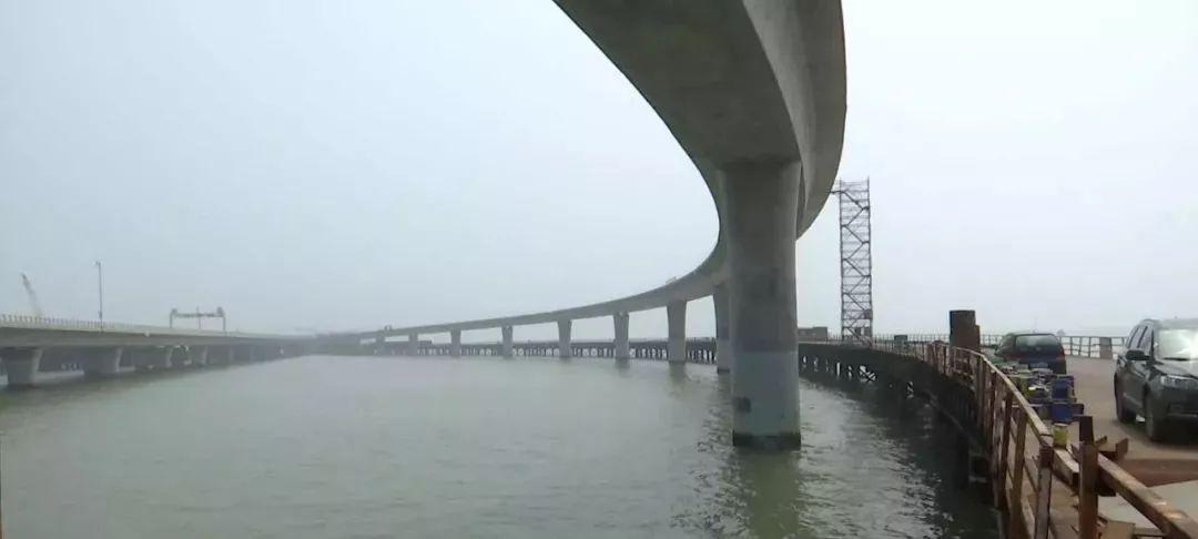 一桥 飞 架 青岛海湾大桥胶州连接线建设加快推进
