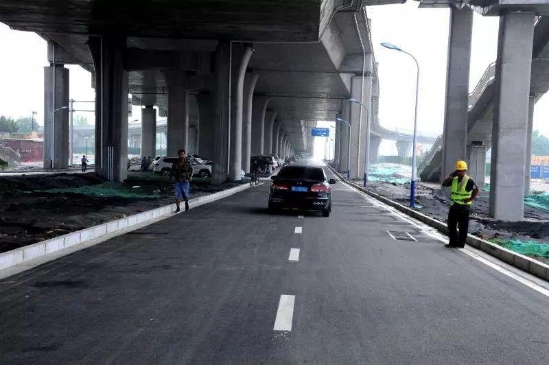 【头条】邢台莲池大街立交桥桥下机动车道(新华路——北关街)通车