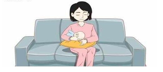 哺乳的四种正确姿势,你学会了吗? 关于哺乳,我以为是一段平常的对白,没想到,却毁了整个夜晚...... 哺乳需要注意什么 新生儿哺乳姿势教学