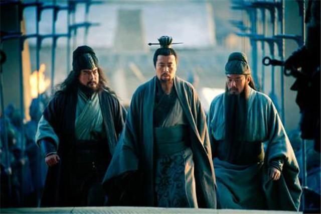 听到赵云去世,诸葛亮只是悲痛,而张飞儿子去世,为何他口吐鲜血