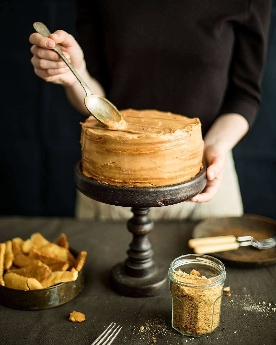宠物-这位漂亮的美女蛋糕师,让猫咪来为蛋糕代言,将平淡无奇的蛋糕化腐朽为神奇(53)
