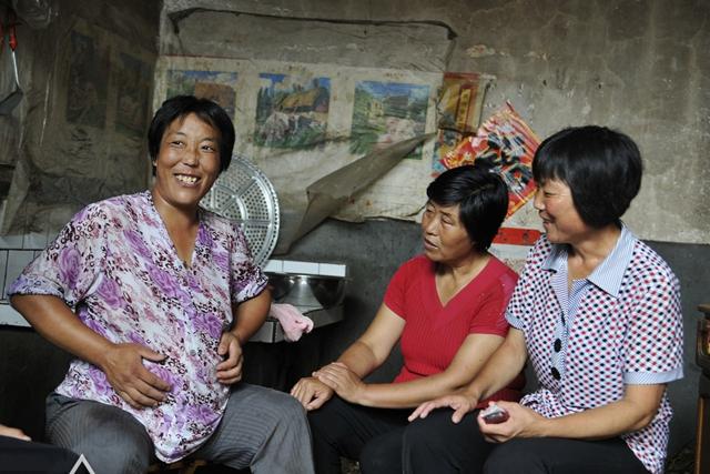 育儿-免费yoqq56岁高龄产妇生娃,本该当奶奶的年纪却当了妈,背后原因让人心疼yoqq资源(2)