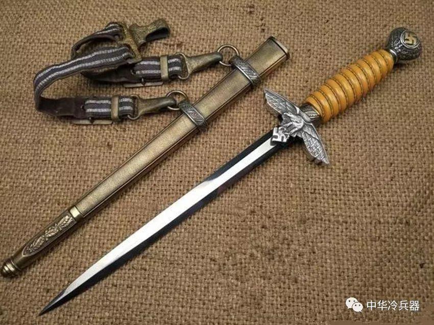 历史-鲜血与荣誉的象征——详解铁血德军不同兵种的经典佩剑(6)