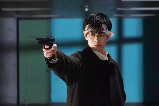 动漫-男人们会偷偷看的一部新剧,这部作品只有日本才拍得出来!(1)