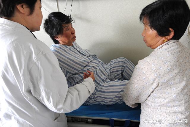 育儿-56岁高龄产妇生娃,本该当奶奶的年纪却当了妈,背后原因让人心疼(3)