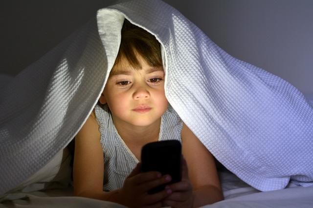 育儿-三伏天驾到,孩子晚上这个时间睡觉,未来智力身高超同龄娃一大截(1)