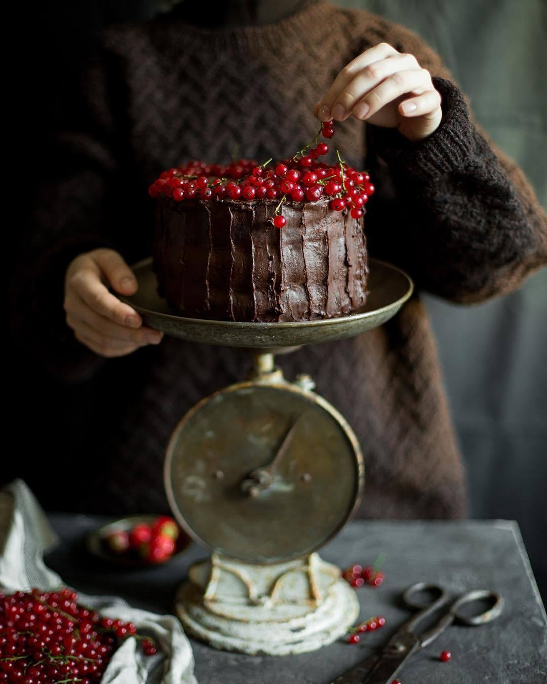 宠物-这位漂亮的美女蛋糕师,让猫咪来为蛋糕代言,将平淡无奇的蛋糕化腐朽为神奇(30)