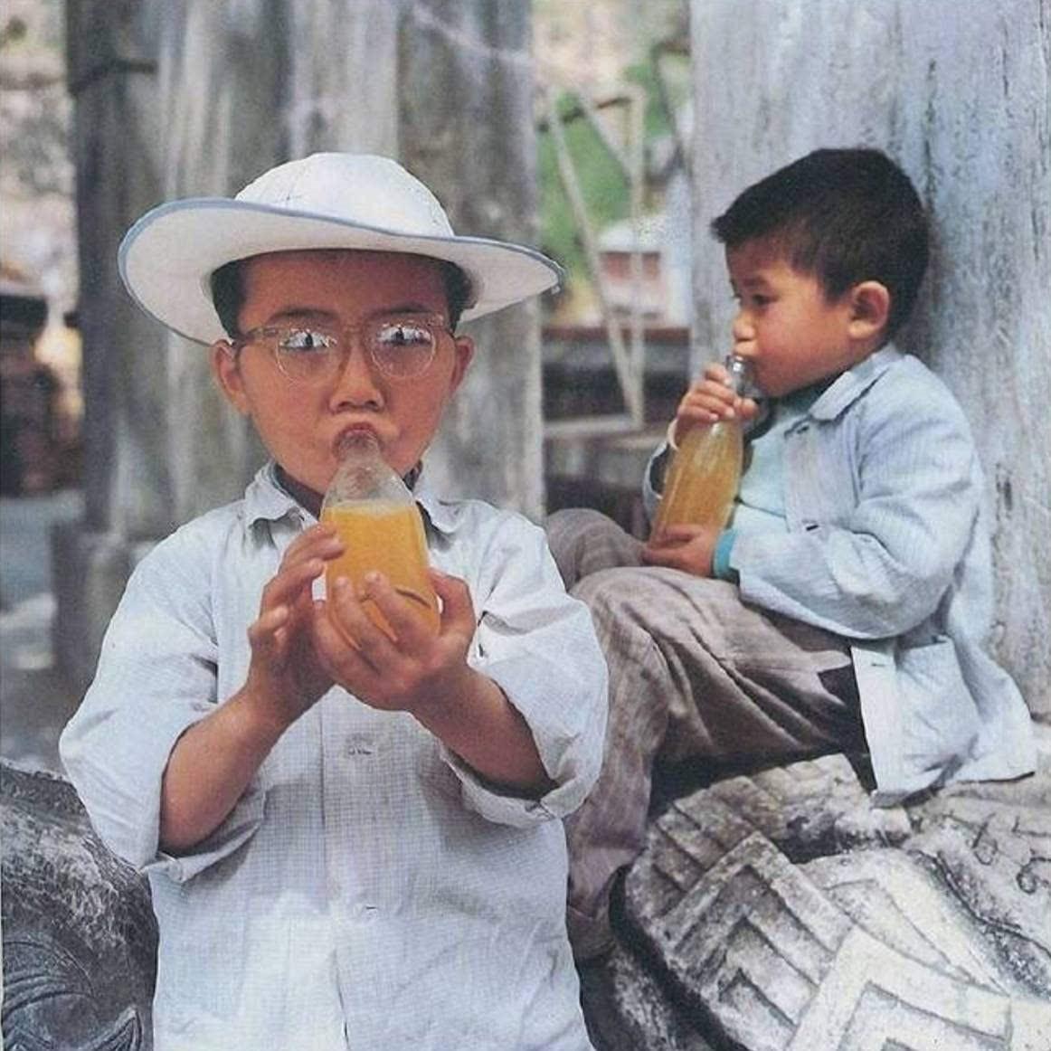 <b>直击上世纪八十年代的中国儿童</b>