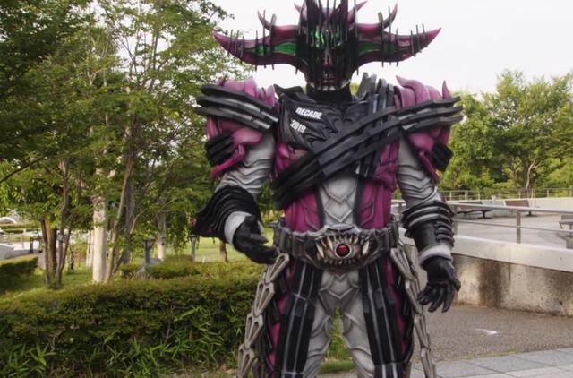 动漫-假面骑士异类帝骑设定公开 创造世界 拥有时空壁 可召唤黑暗骑士(2)