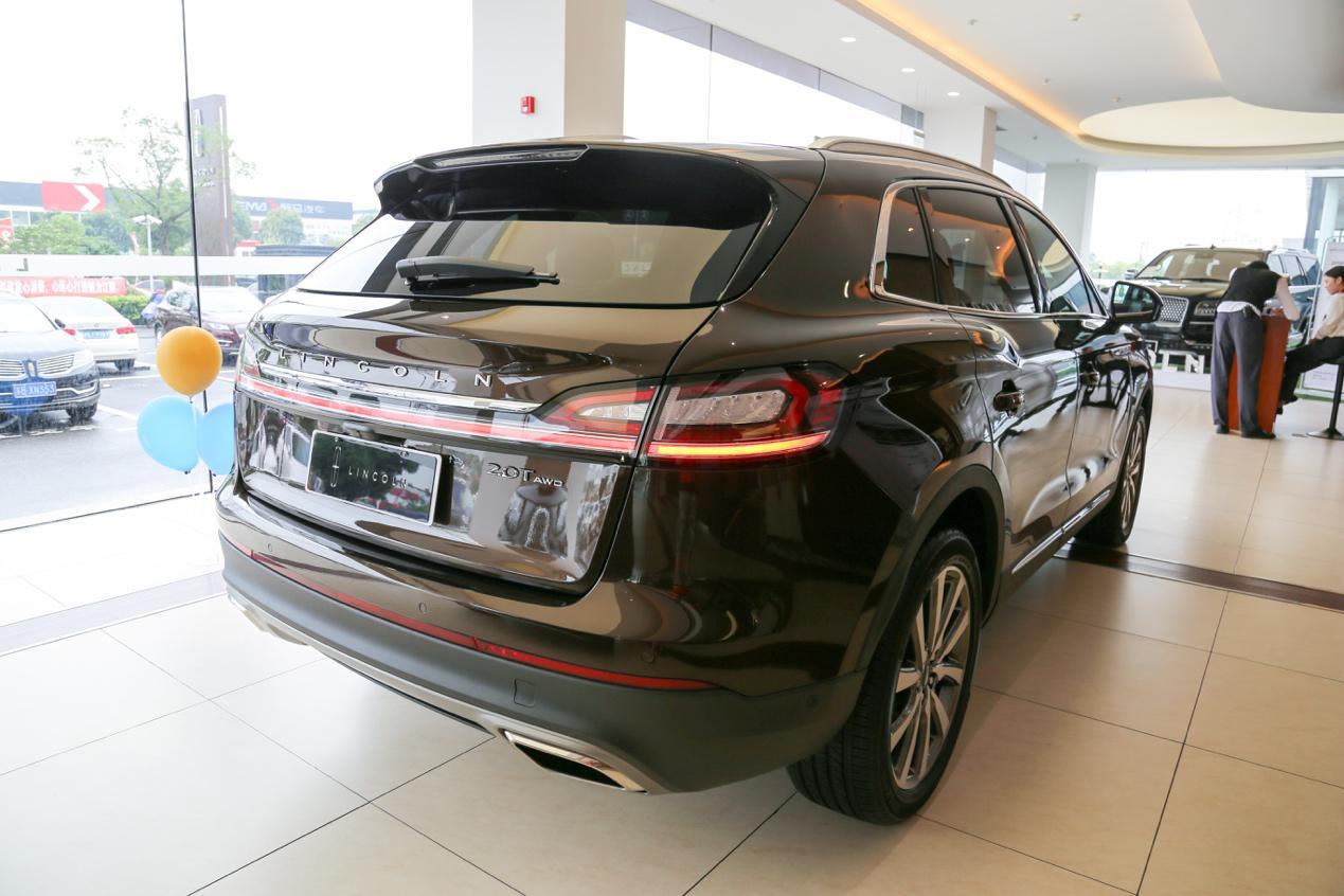 进口凯迪拉克suv_在进口林肯航海家面前,国产凯迪拉克XT5没资格自称美系豪华SUV ...