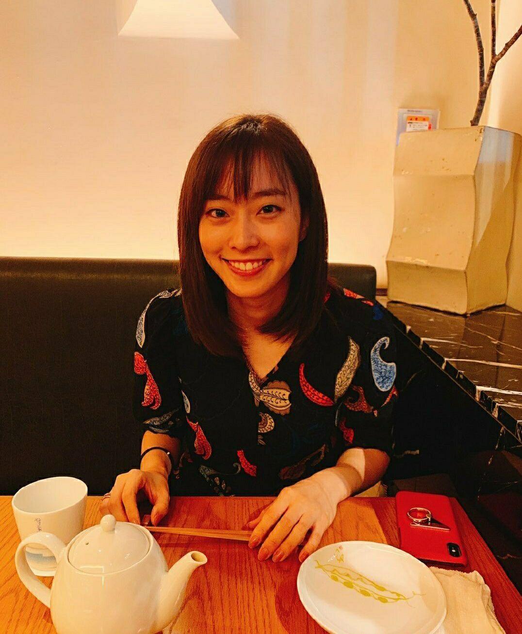 """石川佳纯,吃烤肉,球迷""""乱点鸳鸯谱"""":马龙给个机会,混双也行"""