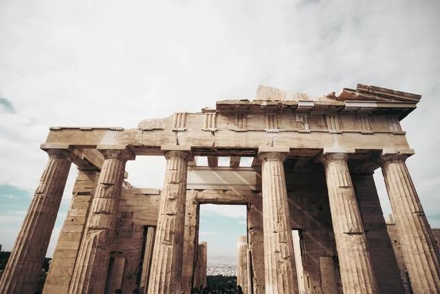 柳暗花明!希腊房产税降30%,购房移民新风口!