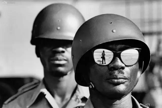 马克·吕布:影响一代中国纪实摄影的摄影大师