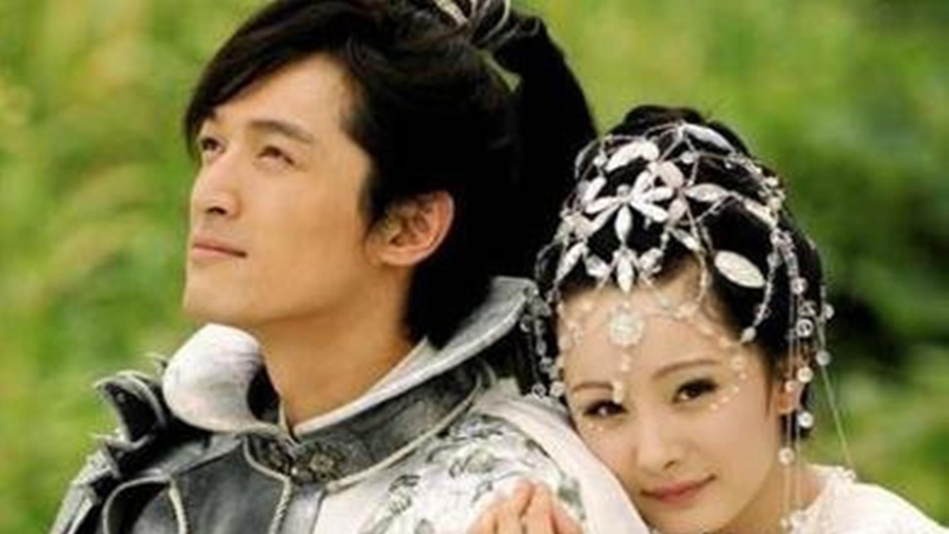 古装剧中饰演战神的男星,许凯温润如玉,邓伦自负骄傲