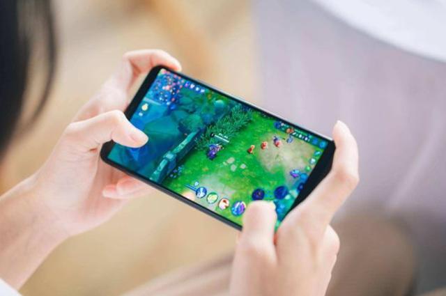 顶级屏幕+硬核配置,一加7 Pro的游戏表现获玩家认可