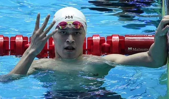 博古特后又有人作妖,澳大利亚泳坛名宿炮轰孙杨:我会从背后踢他