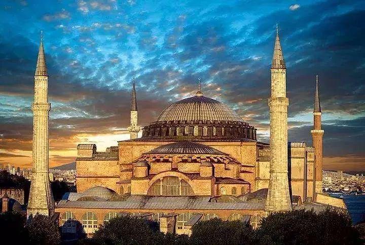 历史-历史上的今天——306年7月25日,君士坦丁一世被他的军队拥立为新皇帝(4)