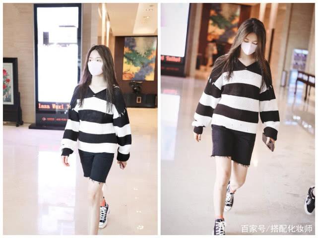 机场有多冷?宋佳连夹克都穿上了,一套黑色装扮看着就很酷!