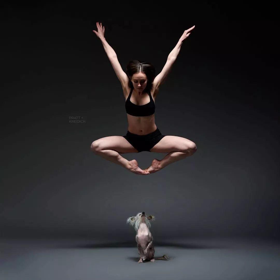 宠物-与狗狗共舞的芭蕾舞者(26)