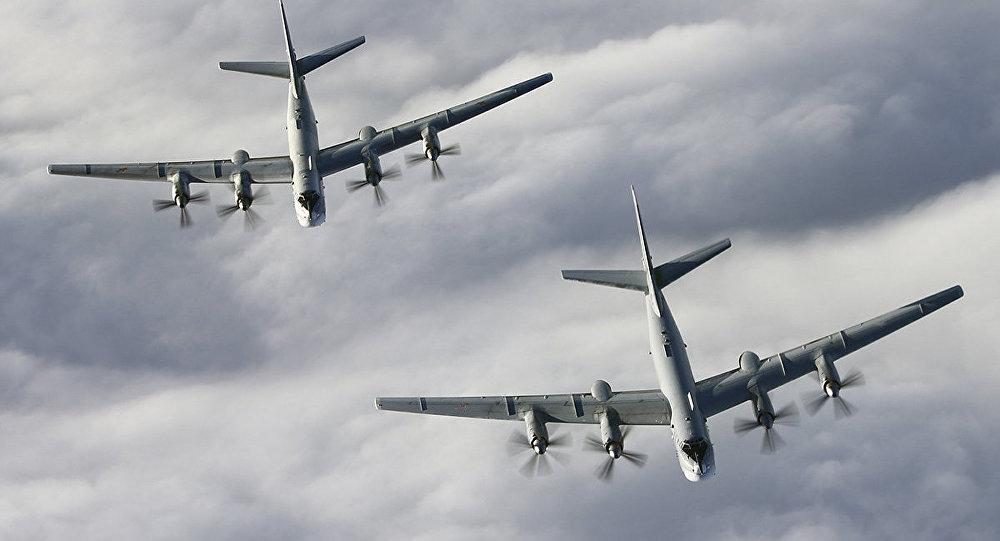 轰炸机被瞄准开火后,俄罕见向外国认怂,直言战略行动搞错了?