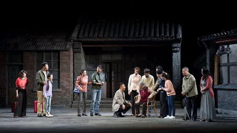 来自中国原创话剧邀请展的启示:接地气方能传得开、留得下