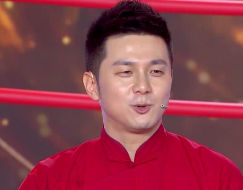 郭德纲盛赞徒孙是上海民营相声最好的演员,公式相声李宏烨或不服