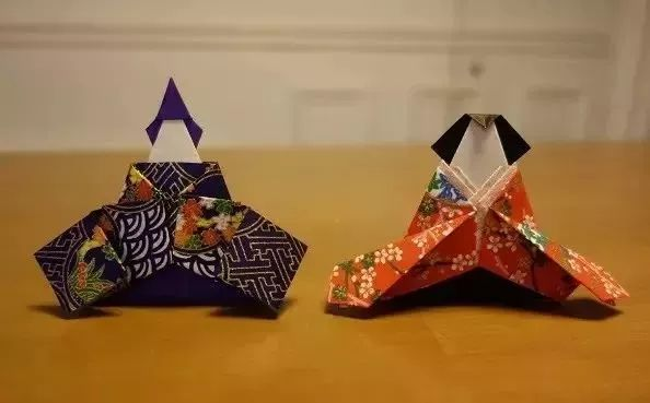 你说什么?玩折纸都比设计师收入高……看完,我服